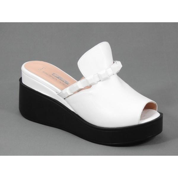 Papuci dama piele albi stil sabot Saryna